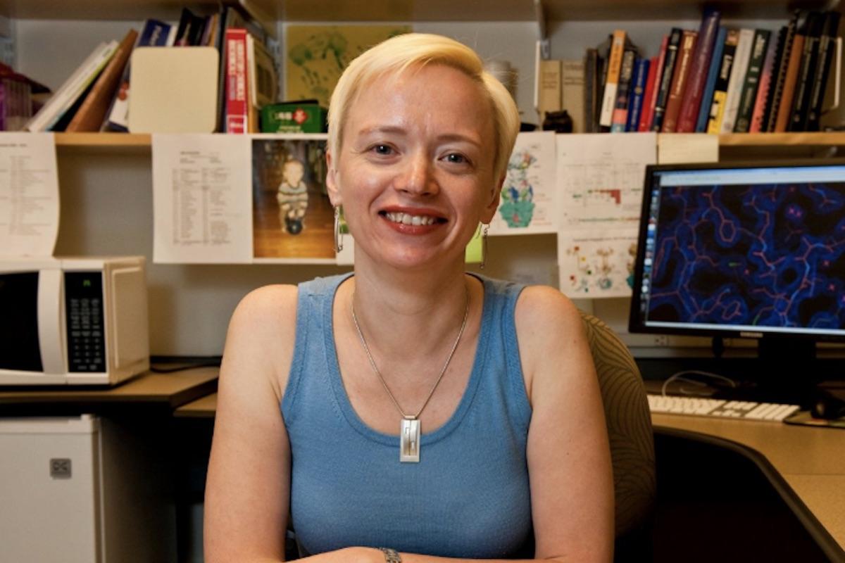 A photo of Ekaterina Heldwein in her office.
