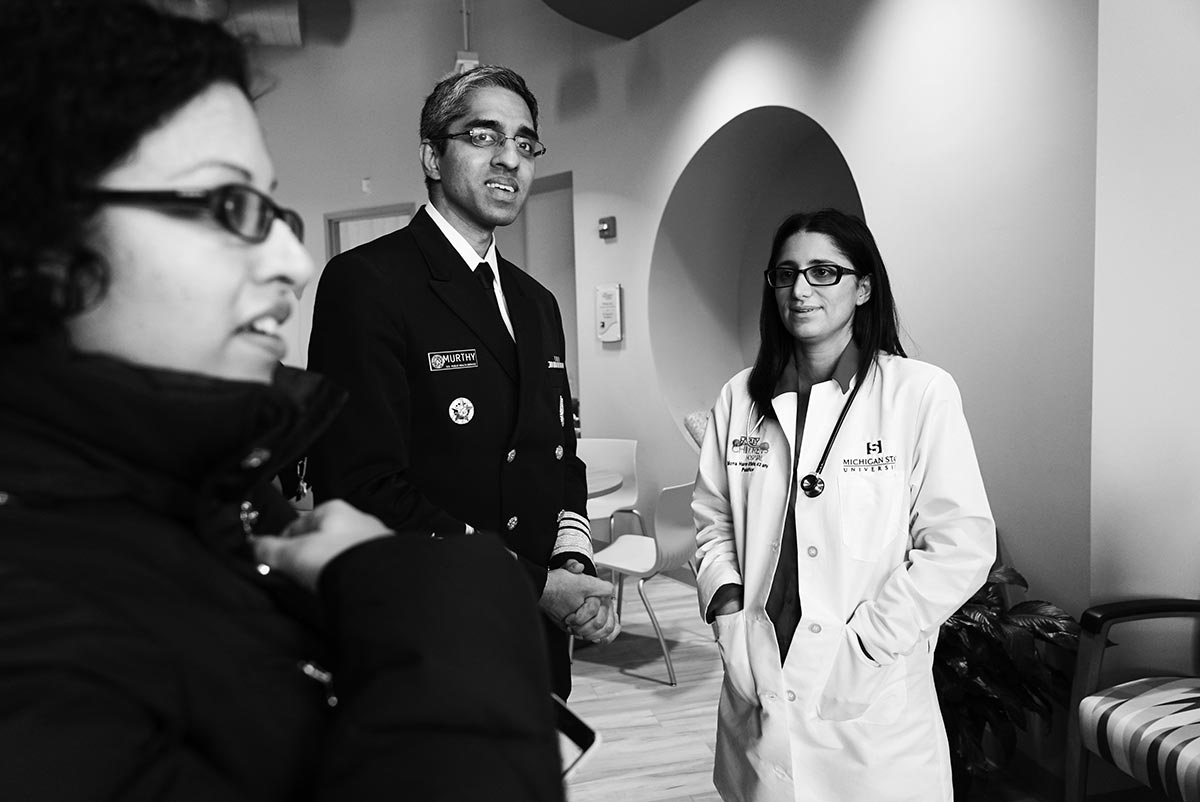 Black and white photo of Vivek Murthy and Mona Hanna-Attisha.